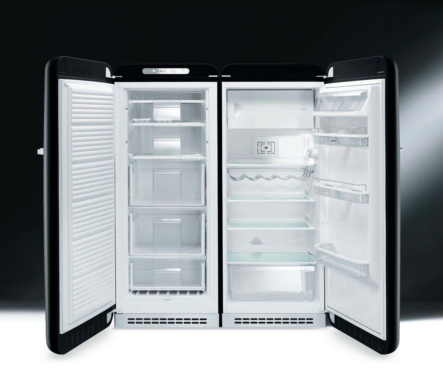 Smeg protagonista con il freezer in stile anni \'50