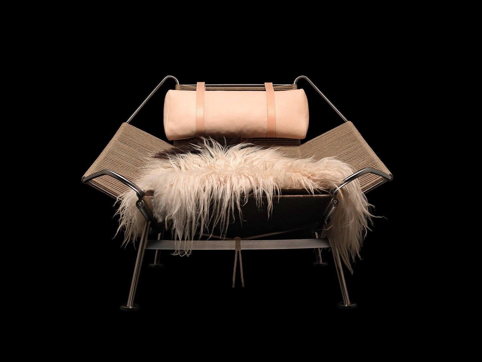 Trailblazing and futuristic the timeless lounge chair by Hans J
