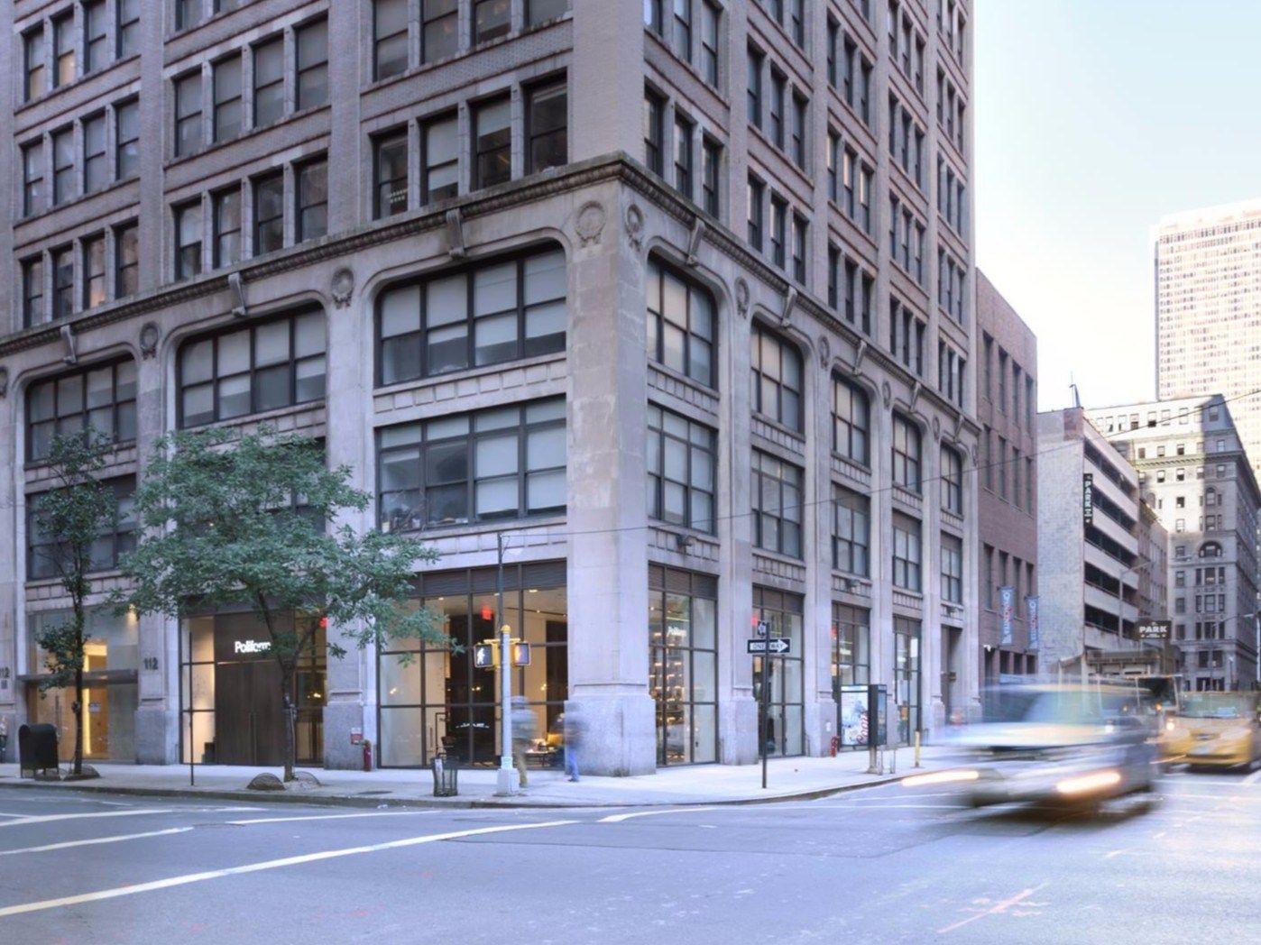 Cabina Armadio New York : Poliform inaugura a new york