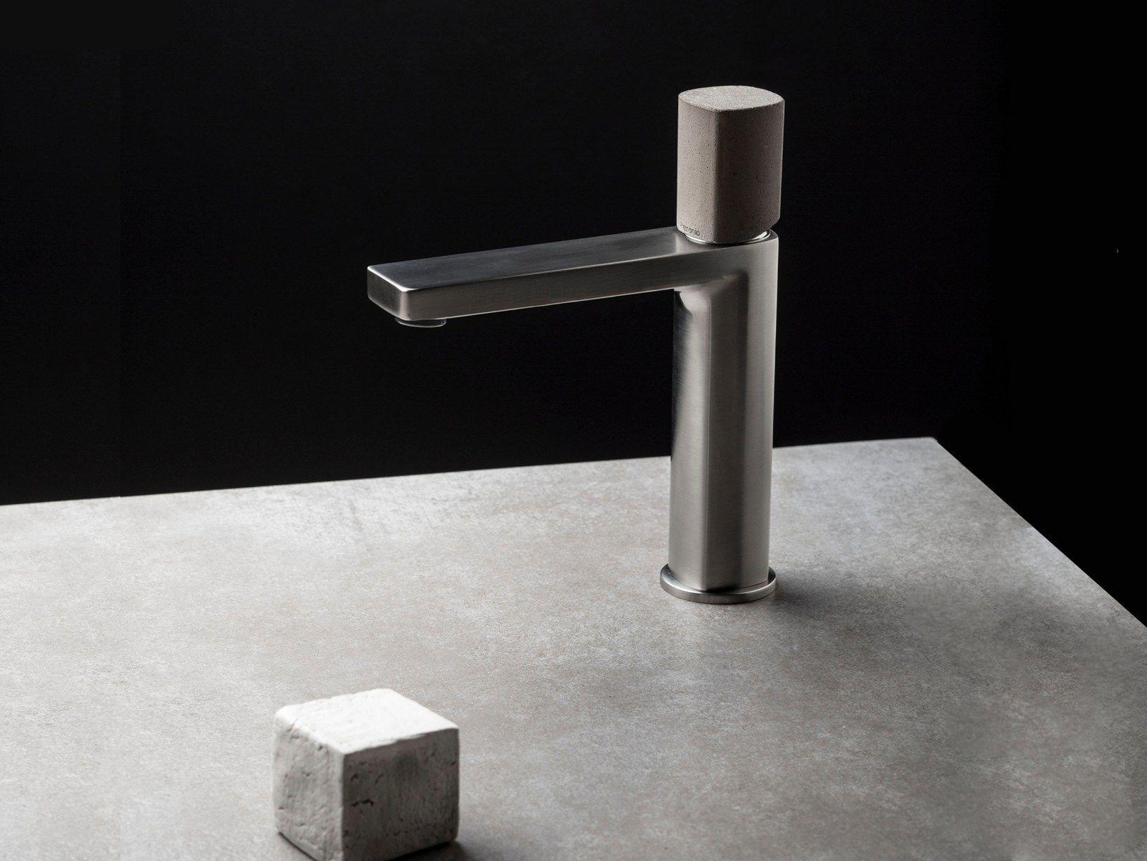 Piscine En Inox Steel And Style concrete becomes decorative element