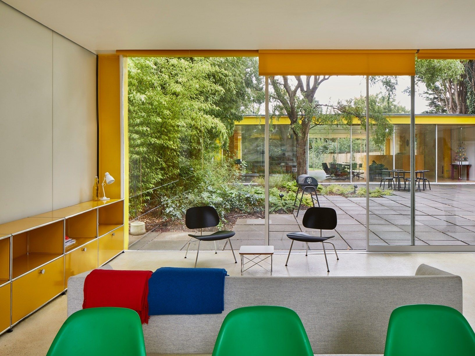 22 parkside iconic richard rogers house in wimbledon features 22 parkside iconic richard rogers house in wimbledon features wetrooms clad in hi macs malvernweather Gallery