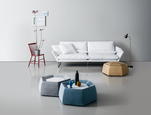 New York The New Upholstered Piece From Saba
