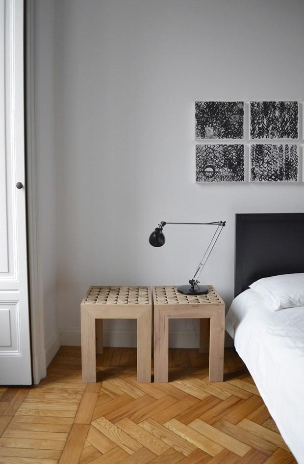 Cilindri in legno 'sospesi' danno vita a superfici personalizzabili