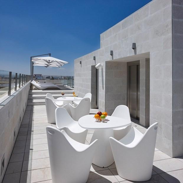 Sonnenschirm Amalfi Schwerelos Entspannen By Caravita