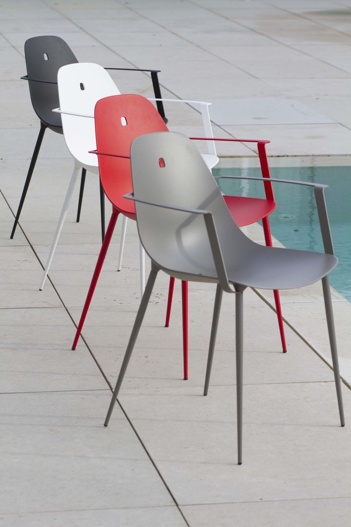 Marguerite chair awarded with iF DESIGN AWARD 2016