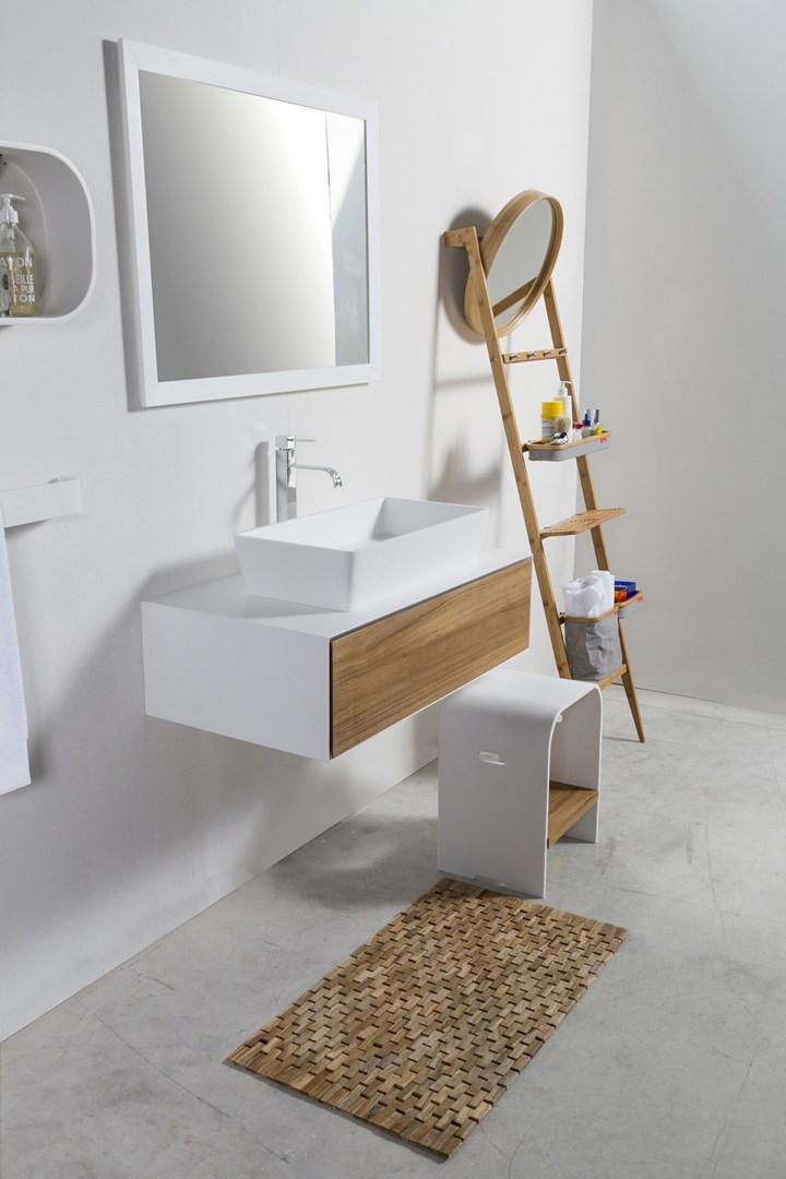 HI-MACS® ridisegna il bagno