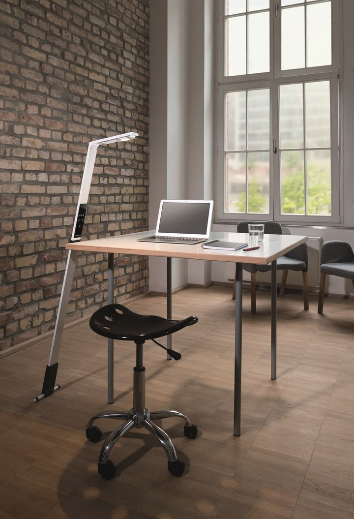 LUCTRA FLEX®: Biological light for the mobile workplace