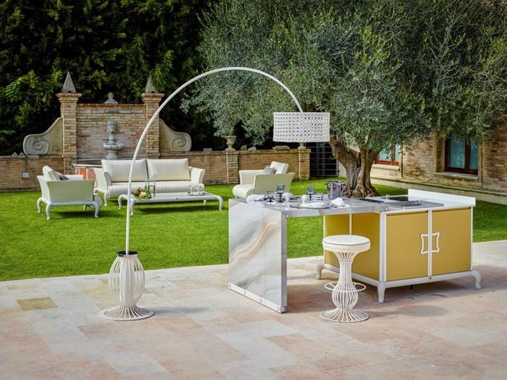Luxury Outdoor Kitchen by Samuele Mazza