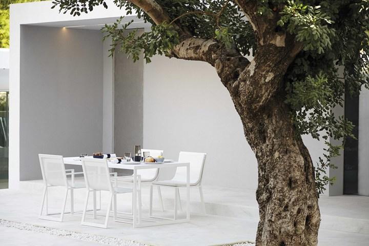 Gandia Blasco presenta la collezione outdoor firmata Fran Silvestre