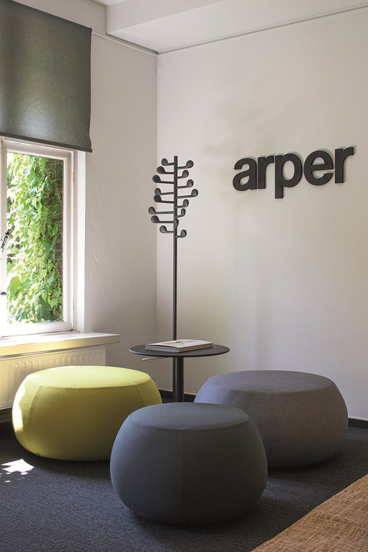 Arper unveils its Meeting Hub in Belgium