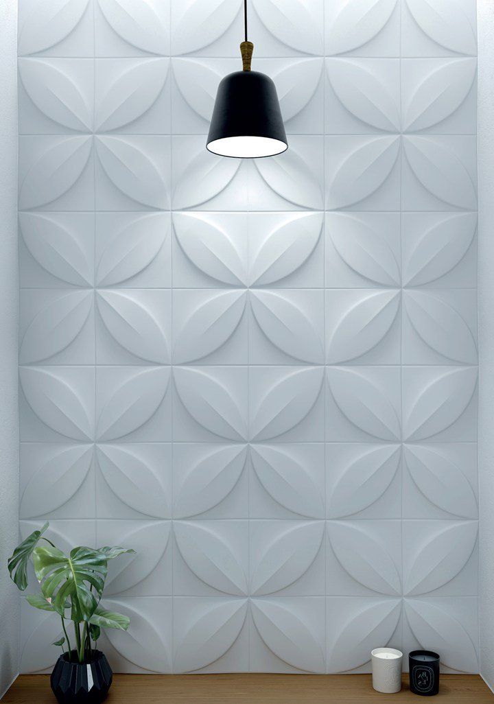 Three dimensional wall design refined living