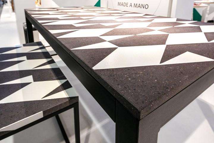Tavoli e tavolini in pietra lavica dell'Etna