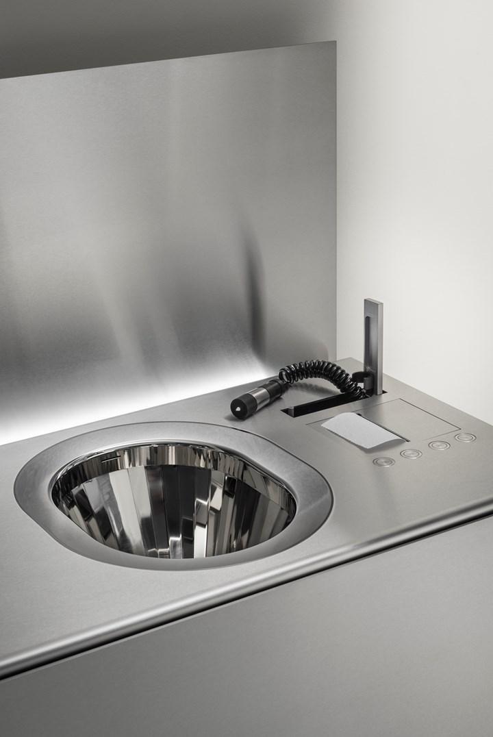 Abaco. La tecnologia impiantistica del bagno racchiusa in un solo elemento