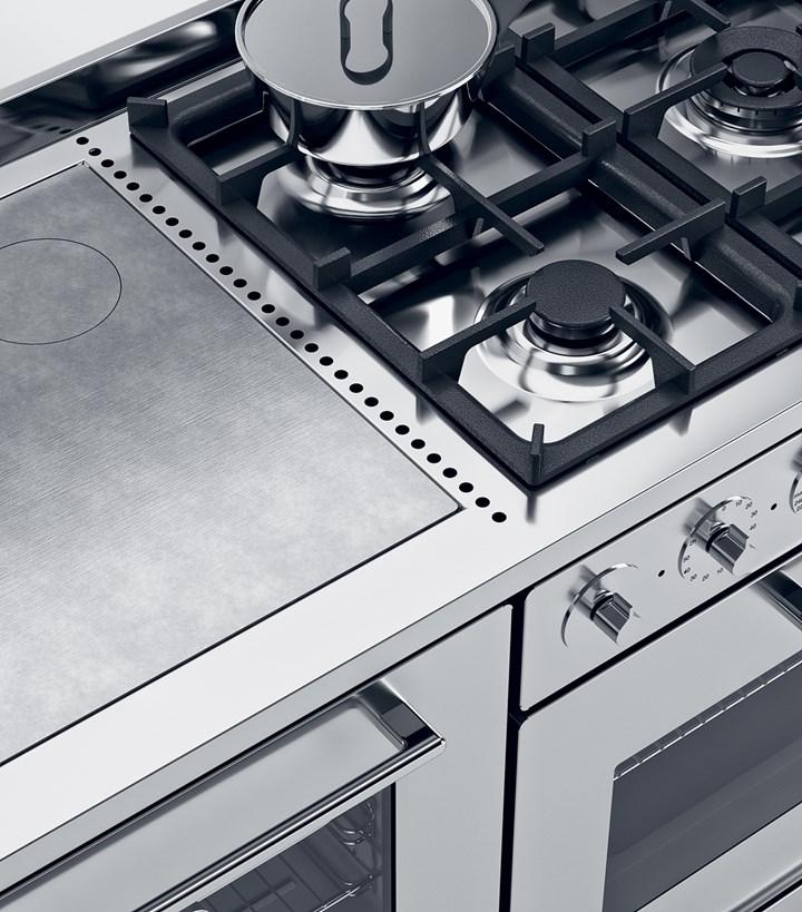Moderna. Cucinare e riscaldare