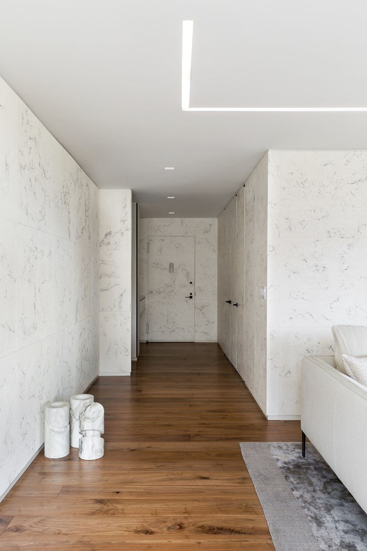 Private Apartment by Reddymade - NYC, Veins & Ruts Medium with Veins Collection