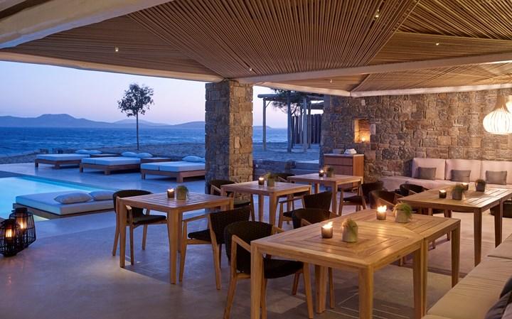 Ethimo per l'Hotel Bill & Coo di Mykonos