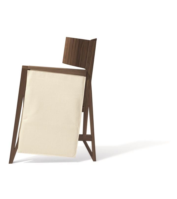 Giorgetti reinterpreta le 'sedie da viaggio' del XVII secolo