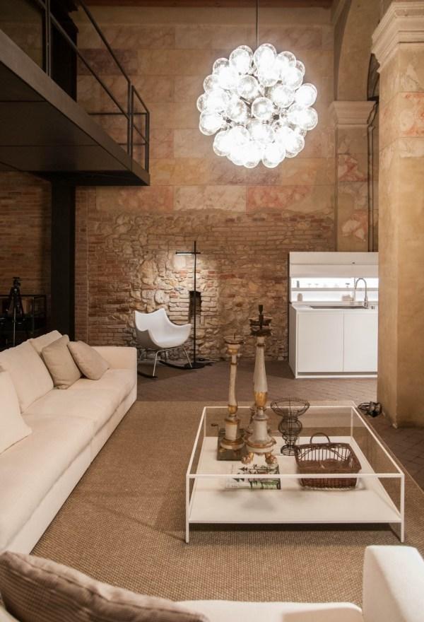 Una ex chiesa del '500 accoglie l'appartamento Boffi De Padova