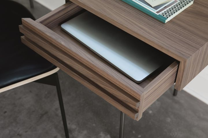 Harri writing desk by More. Ph. by Peter Fehrentz