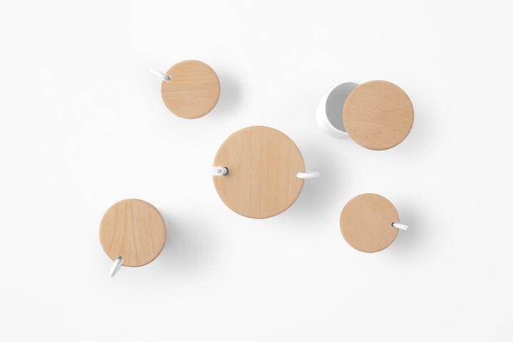 Plank by Zens + nendo. Ph. by Akihiro Yoshida