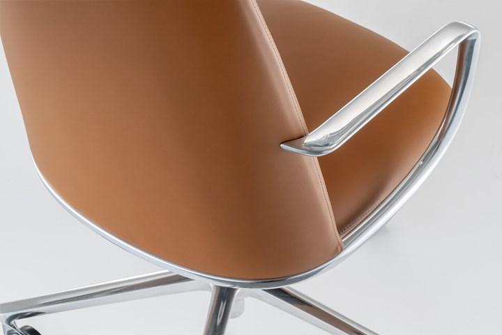 ELINOR - Design Claudio Bellini