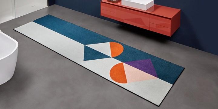 Geometrie Volanti: Volume and Color
