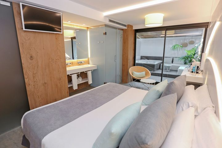 HI-MACS® per l'Hotel Kaktus Playa