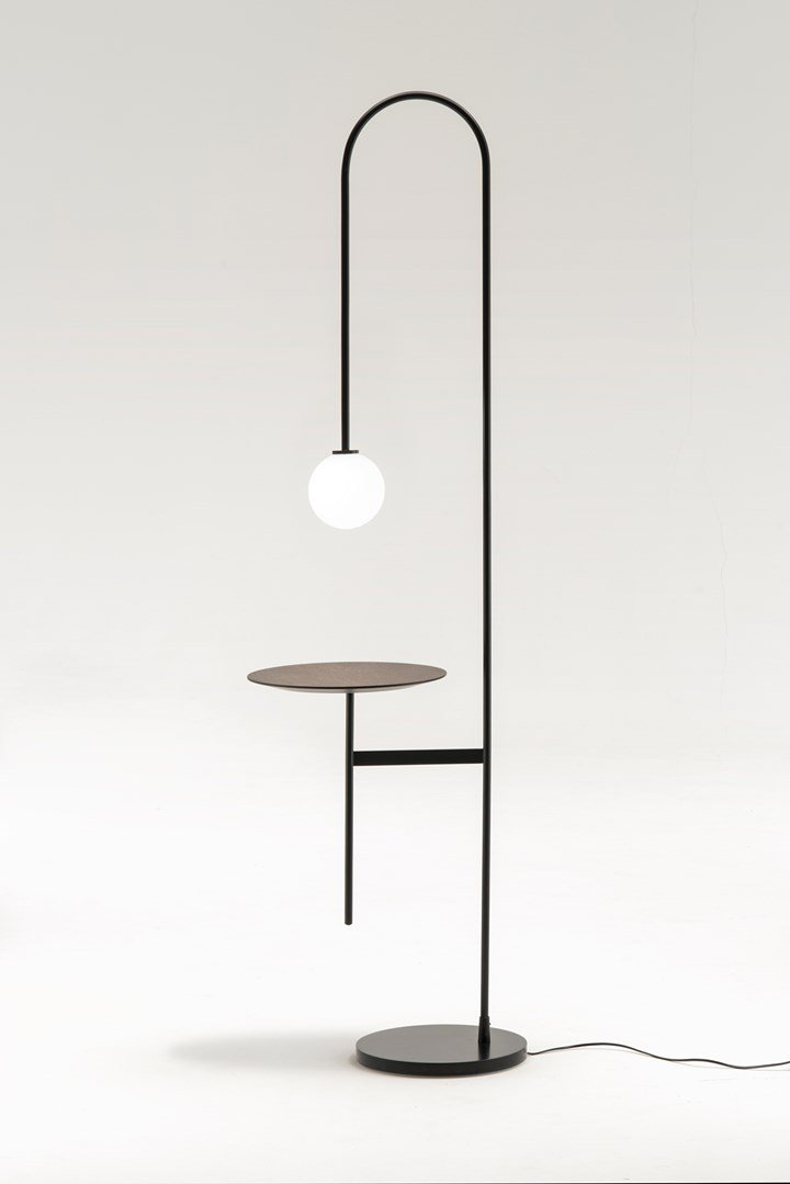 Living Divani_Light with a table by Keiji Takeuchi