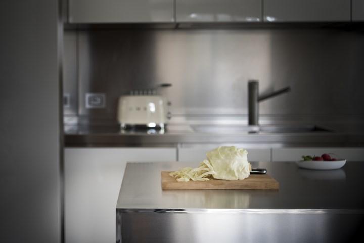Acciaio in cucina: opaco o lucido?
