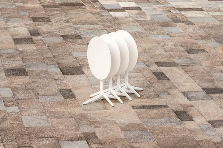Pile Table by Enea. Ph. by Salva Lopez