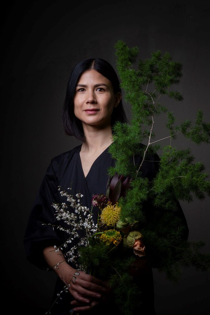 Sarah Izod, The Garden of Shadows