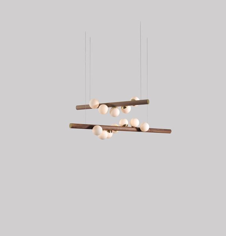 Willow horizontal lamp by Hollis+Morris