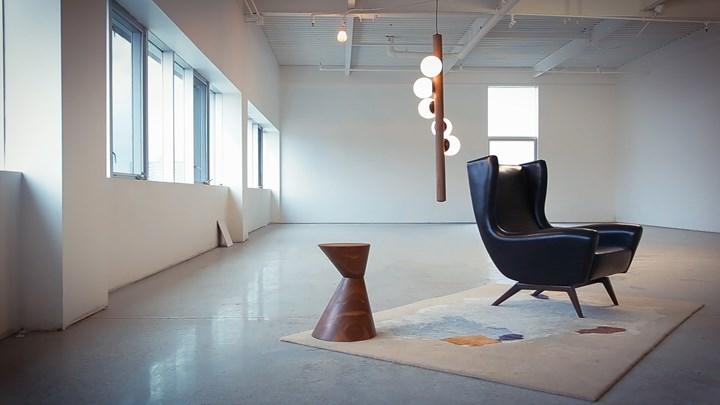 Willow vertical lamp by Hollis+Morris