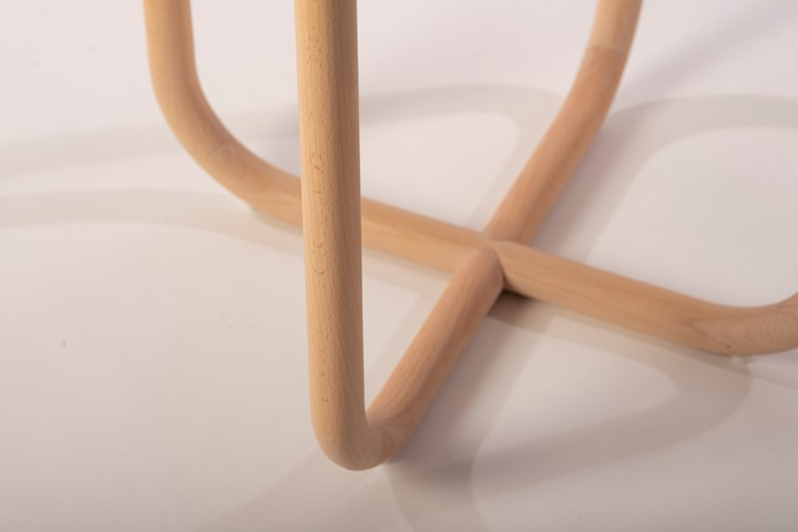 Verso table by Paca