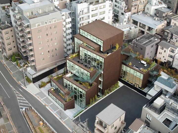 Alias per il Kashiyama Daikanyama di Tokyo