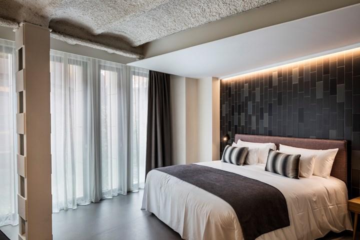 Ohla Hotel_Barcelona_Alpha by Vibia