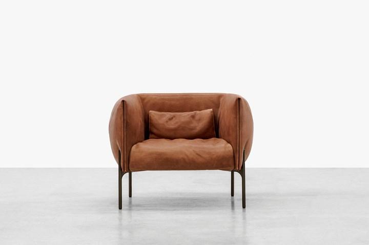 Sofa inspired by 1970s Italian domestic design