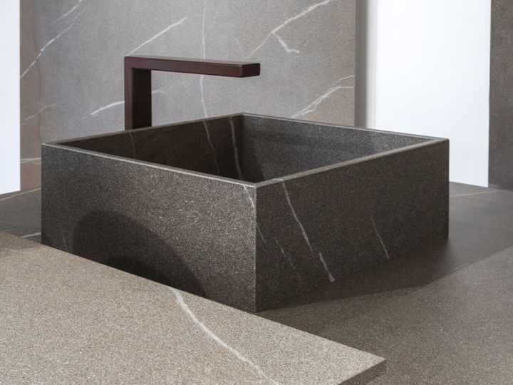 Laminam presents its latest products at Sicam