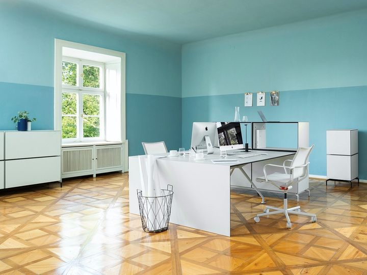 Wagner, D1 Office by Stefan Diez, PAPYRUS WHITE