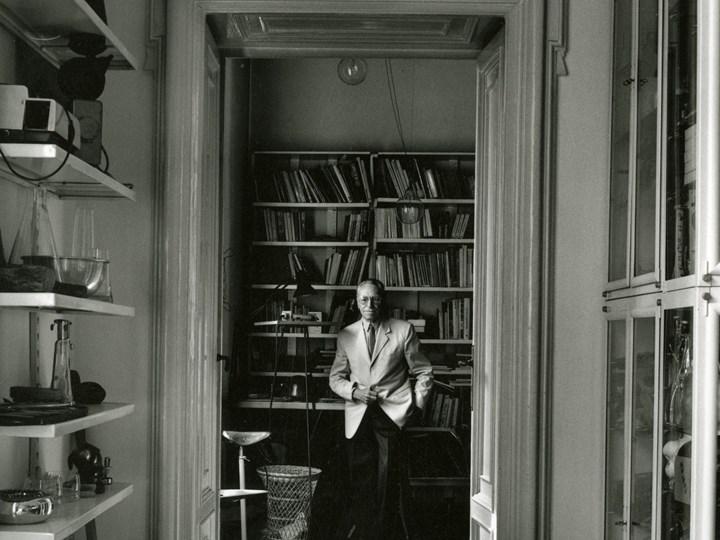 Achille Castiglioni in his studio_courtesy Fondazione Achille Castiglioni