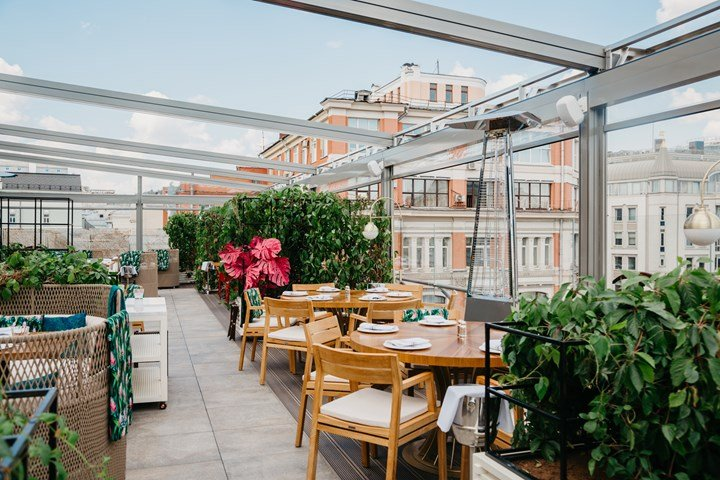 A Panoramic Terrace in the Heart of Moscow
