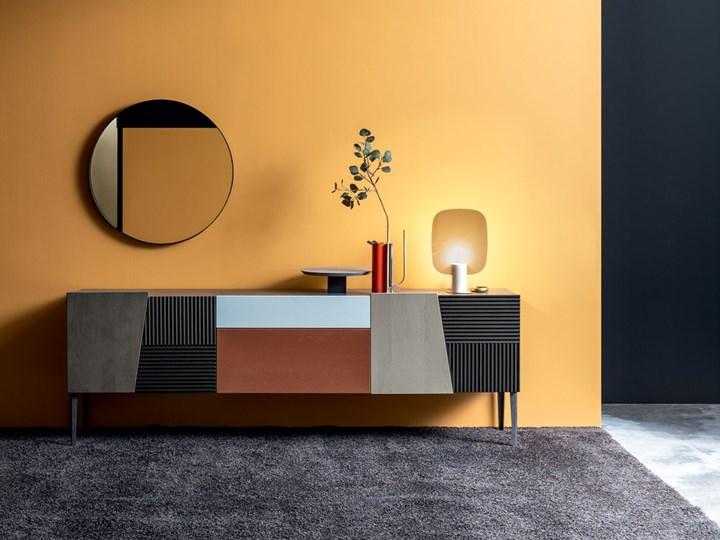 Devina Nais: mix & match di materiali e texture