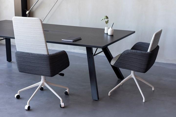 Tilt chairs
