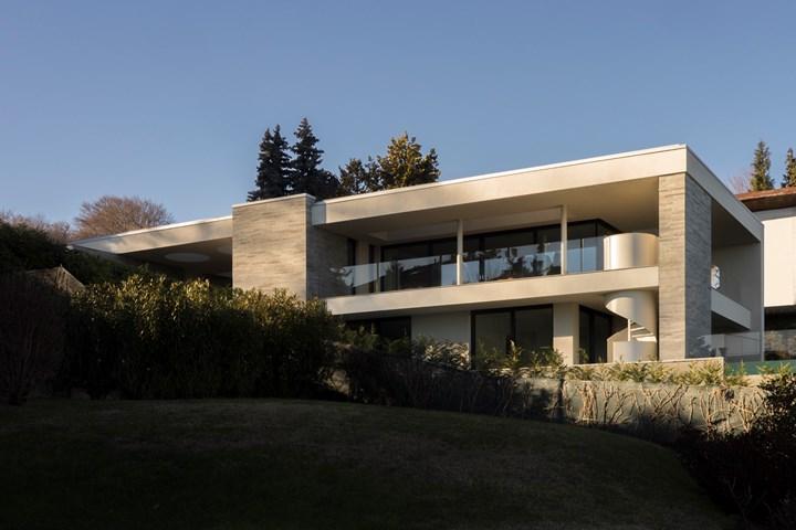 Villa Sul Lago_photo Giulio Ghirardi