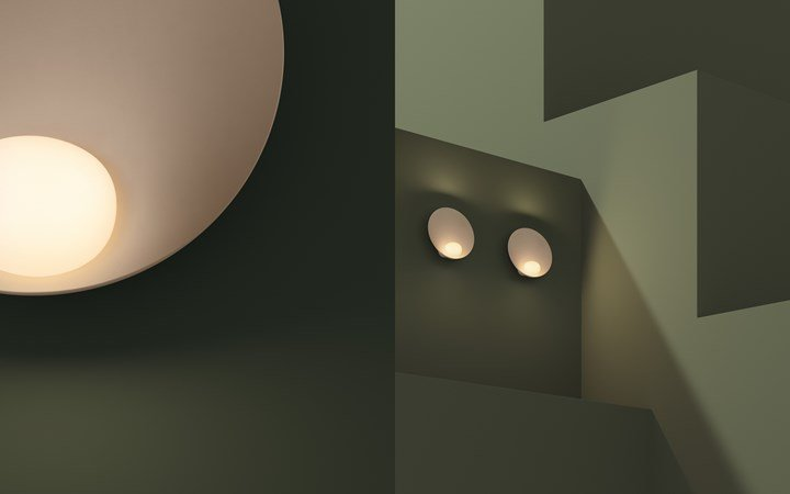 Sandy beige lights up a punchy dark green tone. Musa Table 7415 in NCS S 2005-Y50R against S 7010-G30Y