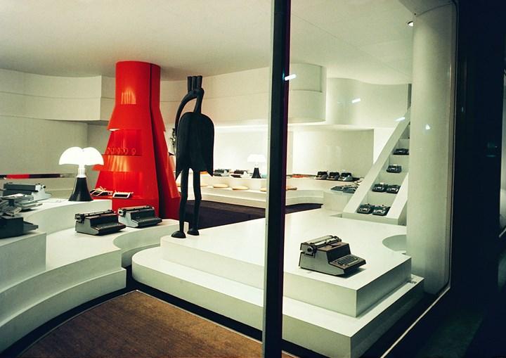 Gae Aulenti, Interior for the Olivetti showroom in Paris, 1966/67 Courtesy of Archivio Gae Aulenti, photo: © RM