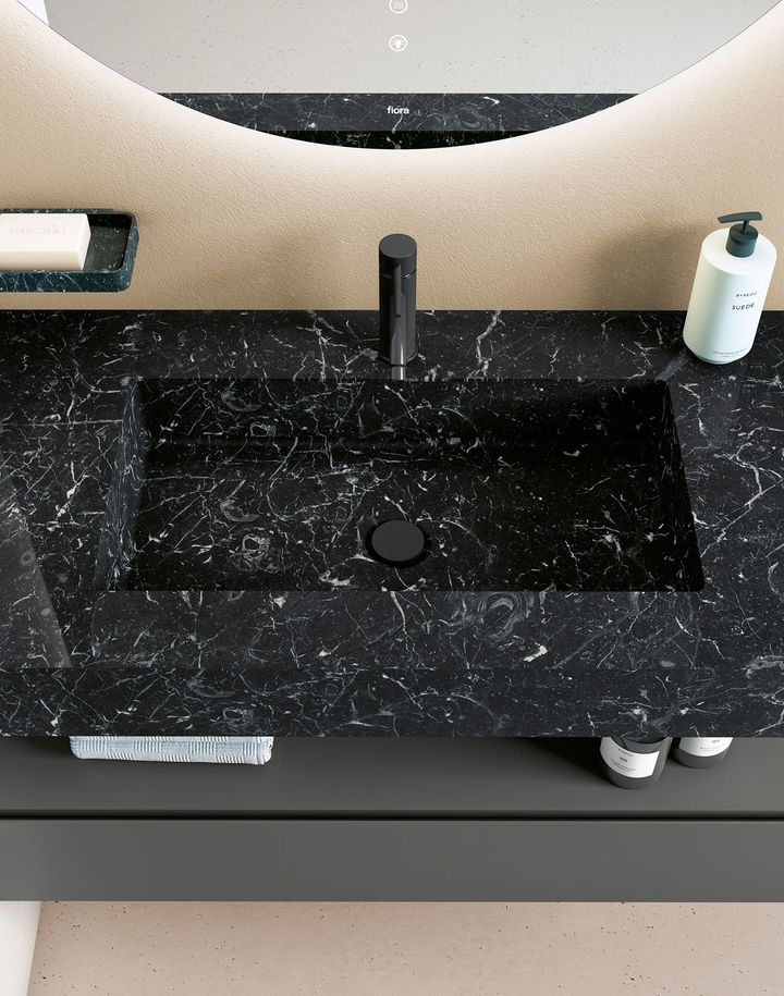 Natural Stone + Solid surface