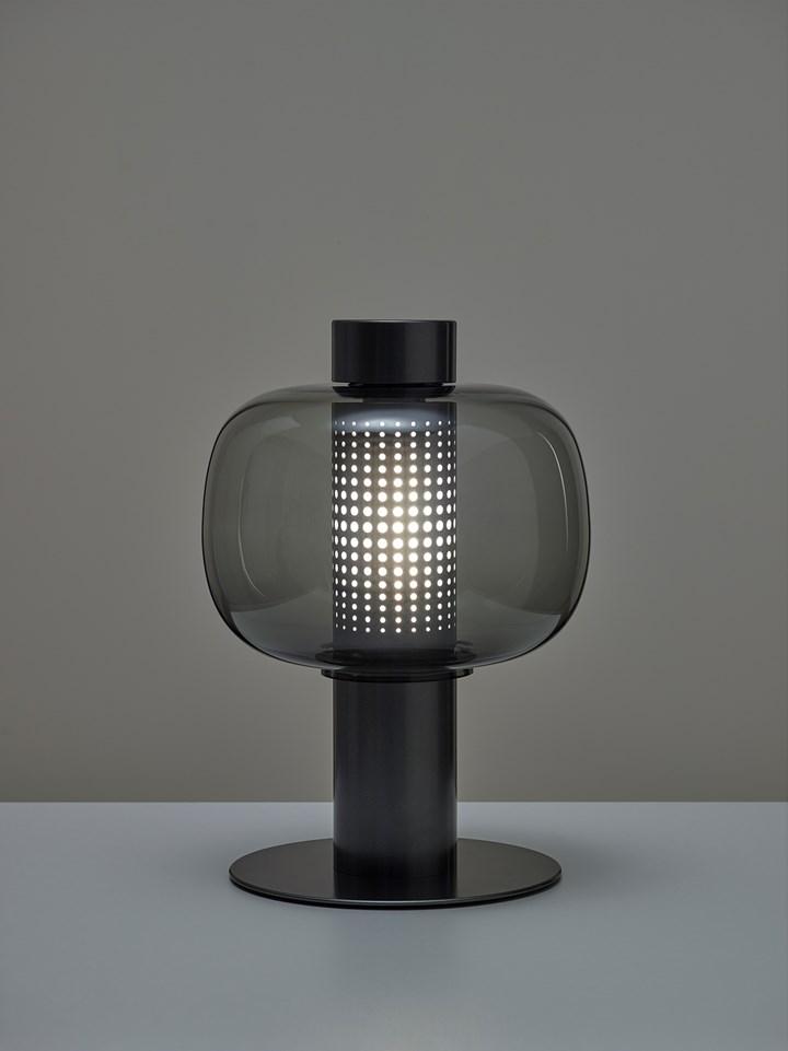 Lampes en verre inspirées des lampes en papier japonaises traditionnelles