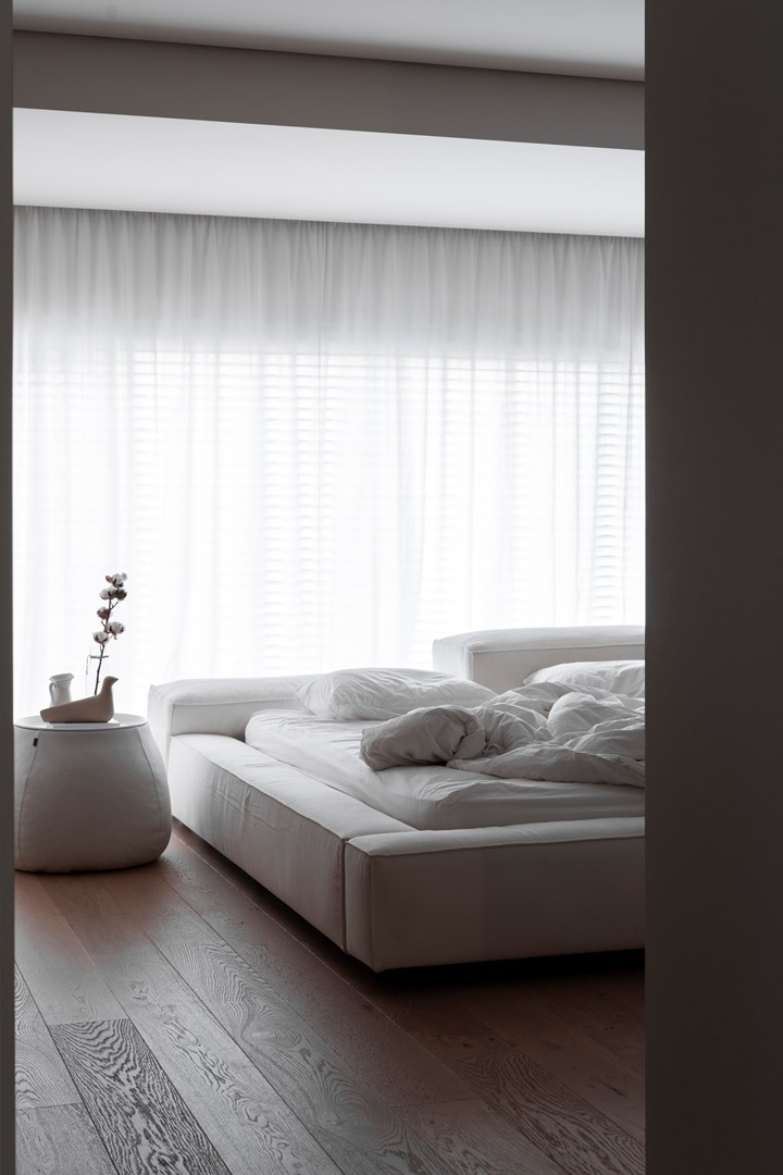 The Living Divani Furnishings in Pure White Version