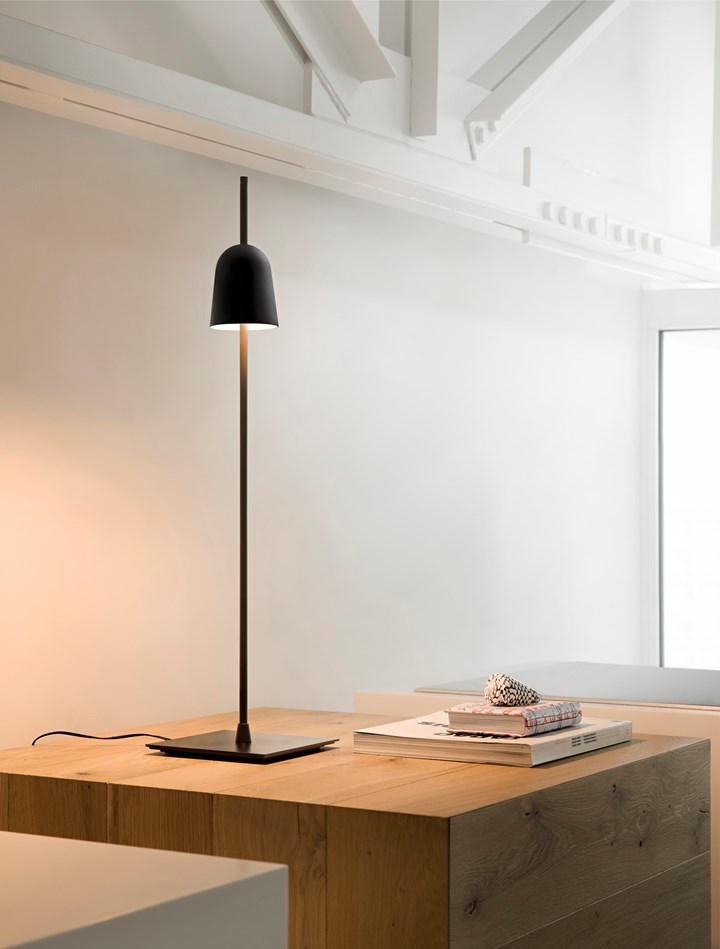 Essential and Conceptual. Ascent Lamp by Luceplan